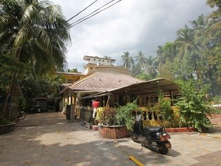 Peaceful retreat for two, close to Colva beach