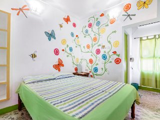 Delightful room for two, near Puducherry railway station