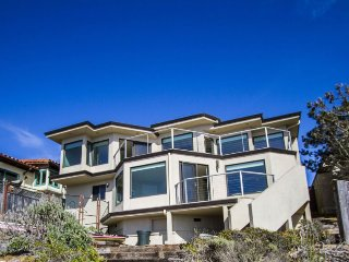 Stunning Bay Front Home Overlooking Morro Bay!