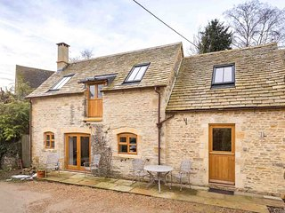 Oyster Barn is a beautifully converted barn in the lovely village of Naunton