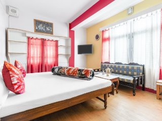 Chic stay for backpackers, with a hilly view
