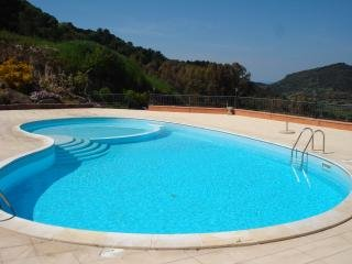 SAN GIOVANNI 1BEDROOM APARTMENT, holiday rental in Nulvi