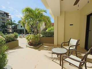 Condo resort in Palm Beach | Great 4 couples | 5min from Best beaches