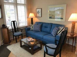 Bayfront Harborview Suite with porch