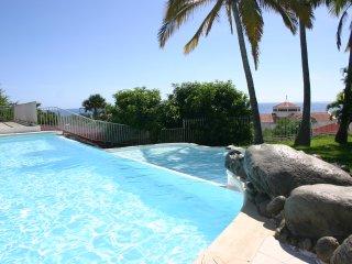 Villa les longoses à 150 m du lagon belle vue mer
