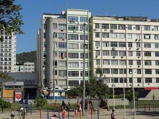 Apartamento 4 quartos em frente a estacao do metro e praca Afonso Pena