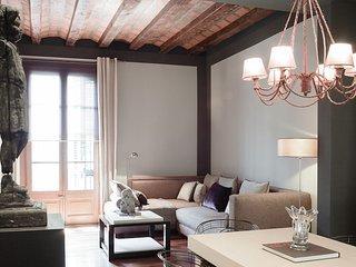 Romantic accommodation right in the Plaza Catalunya area - B244