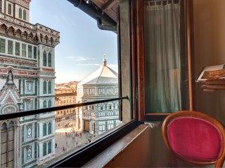 Historic Center, Duomo, Signoria,View of monuments