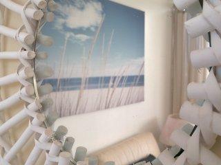 Grand loft tres lumineux de 60 m2 superbe vue sur la mer et a 100 m de la plage