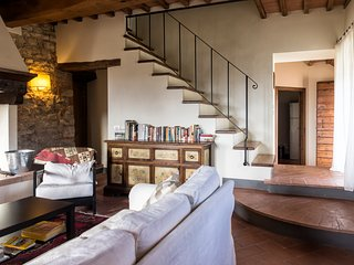 Chianti Rufina apartment. Stay in the country, close to Florence!
