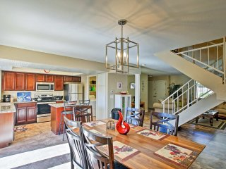 NEW! 4BR Home by Scottsdale Entertainment District