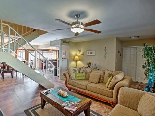 'Scottsdale Aloha' Home by Entertainment District!
