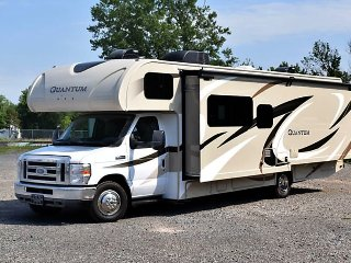 Affordable late-model RV & Camper Rentals w/ the very best customer service! RV7
