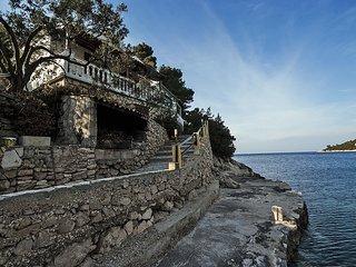 VL H(8) - Cove Stoncica (Vis)