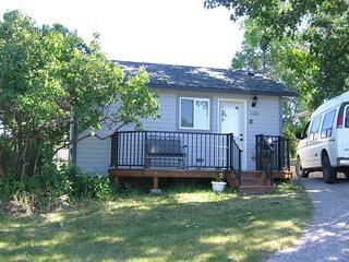 Cozy Cottage Near Flathead Lake