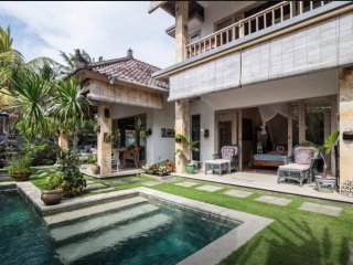 Villa Semua Suka 2 Bedroom Villa and Pool in the Ricefields of Ubud