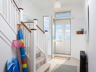 BT037 Apartment in Bexhill on