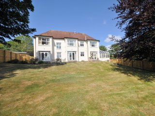 ANMOU House in Bideford
