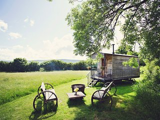 42954 Log Cabin in Hay-on-Wye