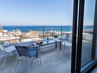 Xenia Villa A in Kalamaki, Chania. Private pool, full sea view, 100m from beach
