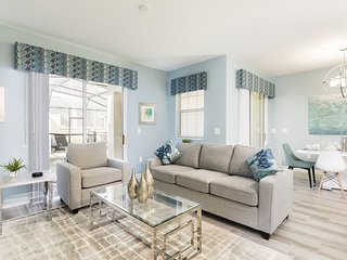 1554PD. Modern ChampionsGate 4 Bed 3 Bath Townhome
