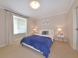 Comfy Home Close to Perth City & Airport; 2290