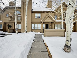 2BR Townhouse w/ En-Suite Baths – Walk to Deer Valley!