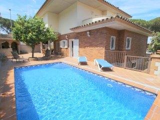 Casa de Standing, piscina Privada, 400 mts playa, 4 dormitorios