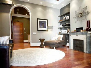 Central Design Apartment ideal for families B232