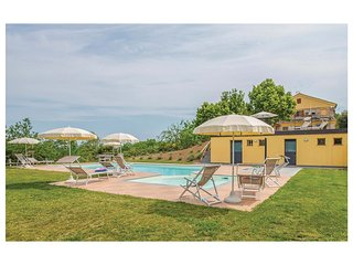 5 bedroom Villa in Capparuccia, The Marches, Italy : ref 5537528