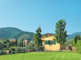 3 bedroom Villa in Colle di Compito, Tuscany, Italy : ref 5447234