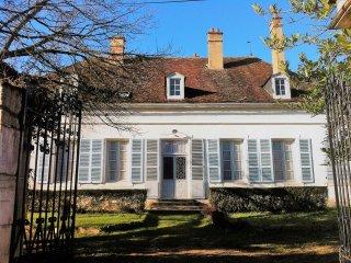 La Chambonnette Holiday home for 14 people in Saint Sauveur en Puisaye, France