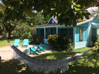 Bahia Cottage - Runaway Bay 1 Bedroom