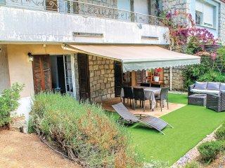 2 bedroom Apartment in Ghiatone, Corsica Region, France - 5550956