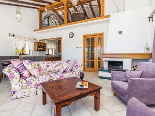 4 bedroom Villa in Poljane, Primorsko-Goranska Županija, Croatia : ref 5574178