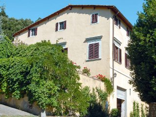 4 bedroom Villa in Mugnana, Tuscany, Italy : ref 5574128