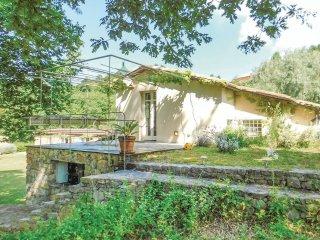 3 bedroom Villa in Monte Marcello-Zanego, Liguria, Italy : ref 5574245