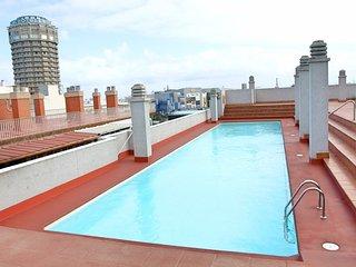Apartamento centrico con arte y piscina