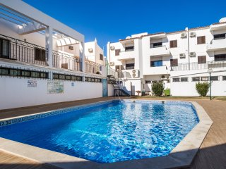 Ethnic Green Duplex Apartment, Albufeira