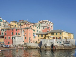 5 bedroom Apartment in Albaro, Liguria, Italy : ref 5574305
