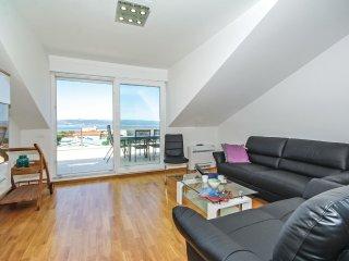 3 bedroom Apartment in Baska Voda, Splitsko-Dalmatinska Zupanija, Croatia : ref