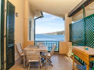 Lovely beach historic house, Villa Rosetta, apt 1