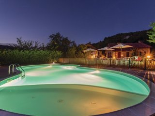 6 bedroom Villa in Aghezzola, Tuscany, Italy : ref 5574233