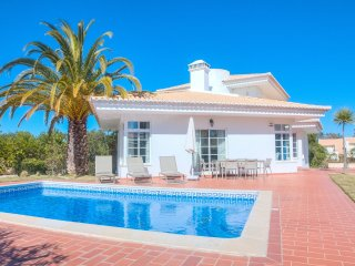5 bedroom Villa in Vale do Garrao, Faro, Portugal : ref 5568508