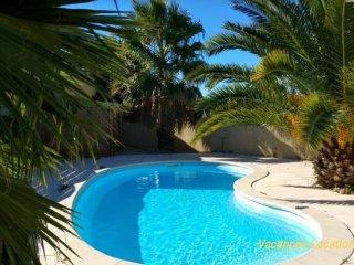 villa plain pied 5 chambres et piscine privee