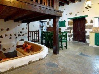 106087 - Villa in Guime