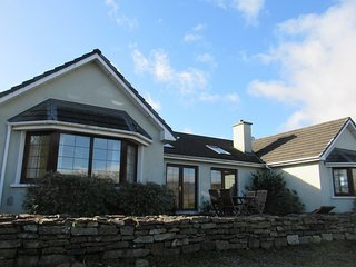 Athas House - beautiful spacious vacation rental in Sneem on the Ring of Kerry