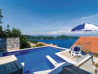 3 bedroom Apartment in Sovra, Dubrovacko-Neretvanska Zupanija, Croatia : ref 553