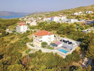 12 bedroom Villa in Seget Vranjica, Splitsko-Dalmatinska Županija, Croatia : ref
