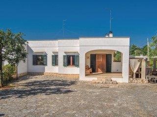 3 bedroom Villa in Cocolicchio, Apulia, Italy : ref 5574193